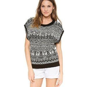 Pam & Gella Open back short sleeved sweater